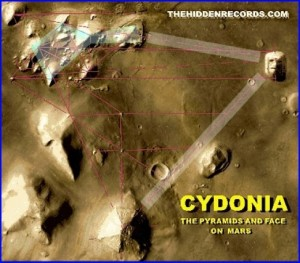 mars pyramids7890043_f520